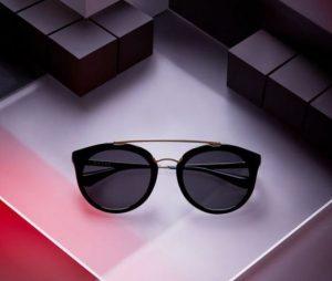 193 300x254 - فروش عمده انواع عینک های طبی و آفتابی